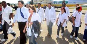 medicos-cubanos (1)