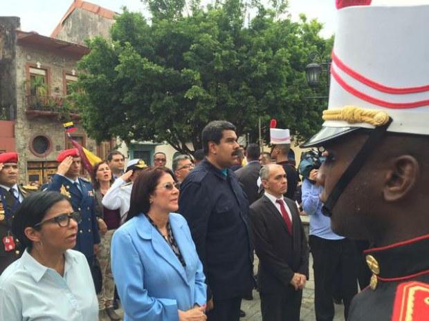homenaje-bolivar-panama