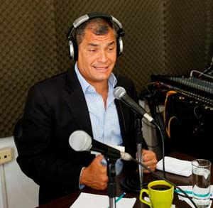 ecuador_correa_radio