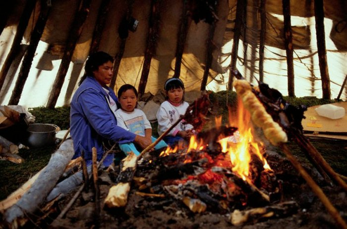 mujeres-y-niñas-indígenas-en-Canadá