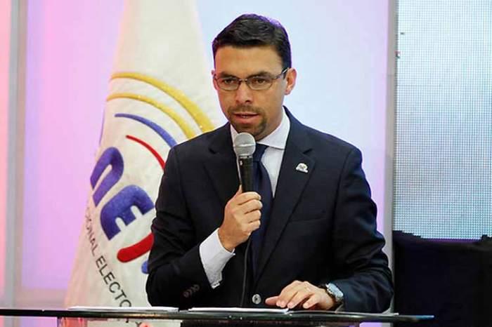 JuanPabloPozo-CNE-Ec