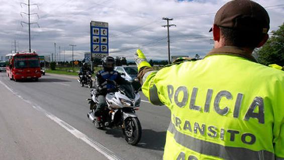 POLICITA-DE-TRANSITO