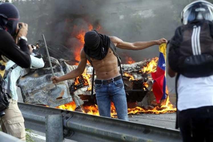 venezuela-vandalismo1